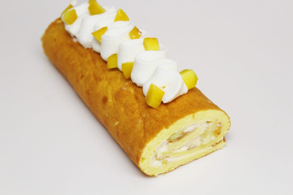 Peach Vanilla Swiss Roll Cake