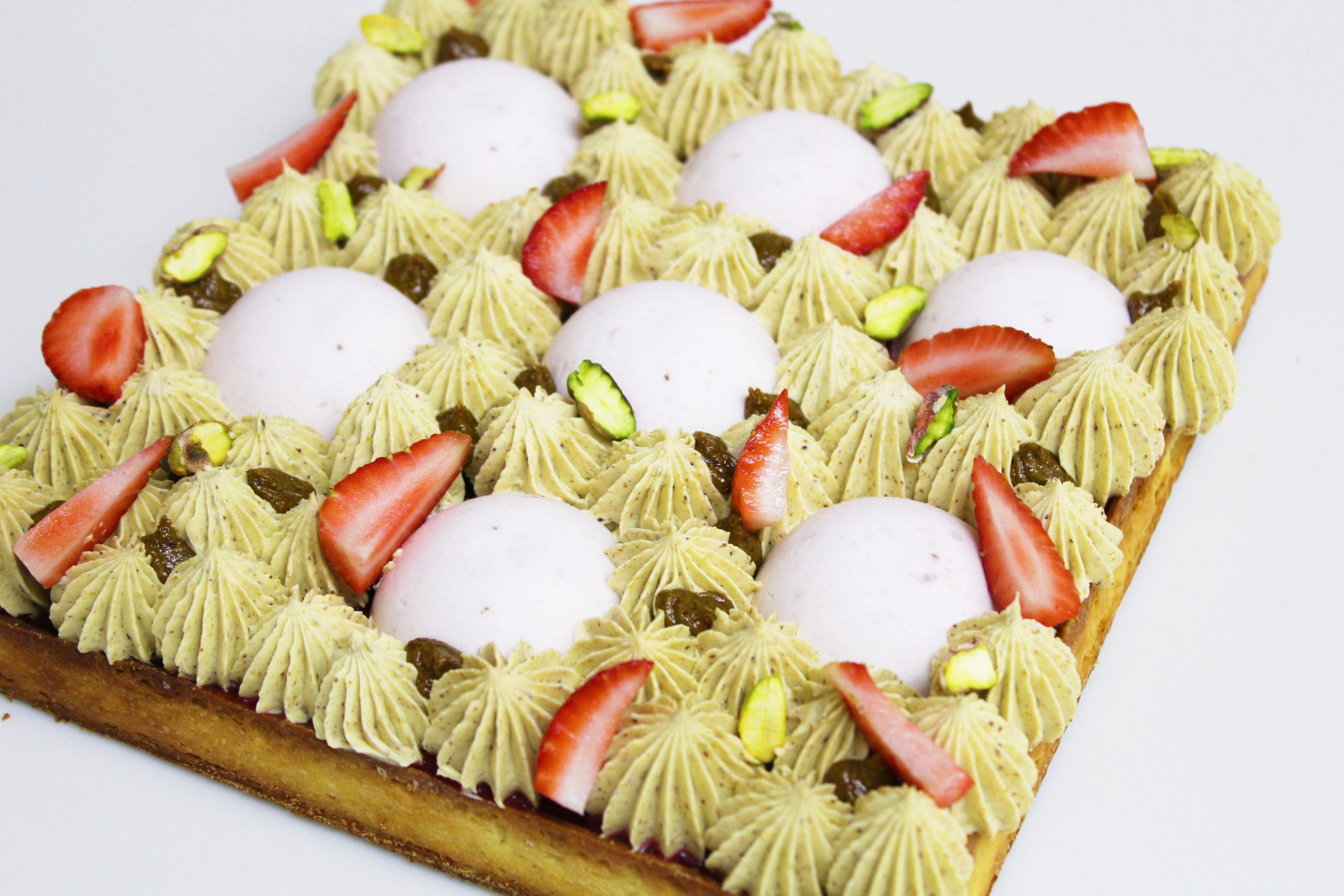 Strawberry and Pistachio Pie